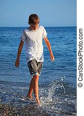 garçon, aller, adolescent, littoral