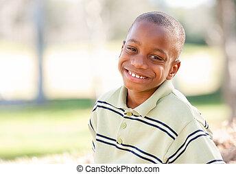 garçon, américain, heureux, jeune, africaine