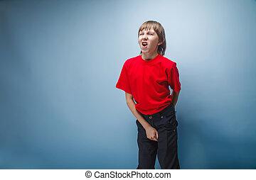 garçon, brun, tient, apparence, t-shirt, adolescent, cheveux...