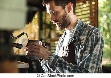 garçon, café, extérieur, barista, fonctionnement, image, café, quoique, confection, professionnel, café, ou