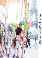garçon, coloré, paris., carrousel, ballons, tas