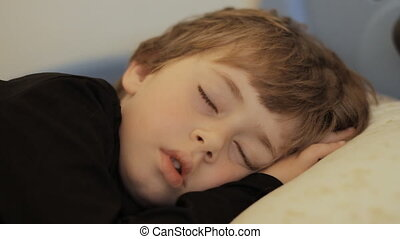 garçon, dormir