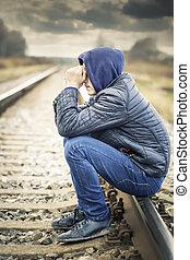 garçon, ferroviaire, affligé