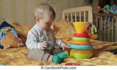 garçon, jeu, balles, livres, bébé, gosse
