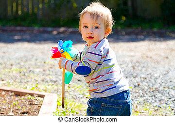 garçon, jouet, jouer, vent
