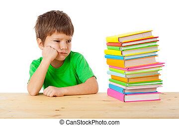 garçon, livres, songeur, pile