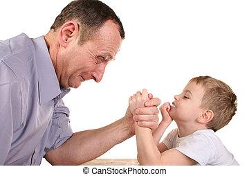garçon, lutte, grand-père