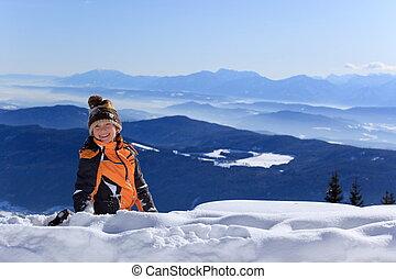 garçon, montagne, heureux, neigeux