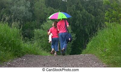 garçon, parapluie, sous, parc, appareil photo, manière, promenades, girl