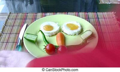 garçon, petit déjeuner, peu