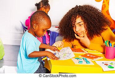 garçon, peu, développemental, jeu, jeux, prof