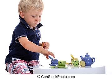 garçon, peu, ensemble, thé, jouer, poupée