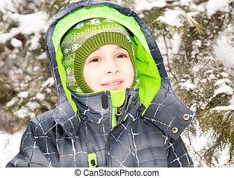 garçon, peu, heureusement, ensoleillé, haut, grimacer, hiver, appareil photo, fin, portrait, adorable, jour, heureux