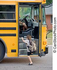 garçon, peu, obtenir, autobus