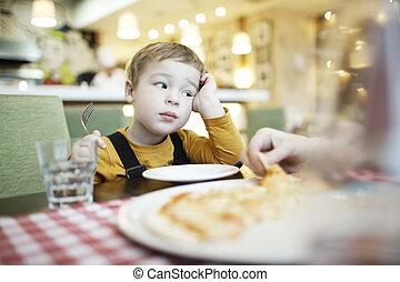 garçon, peu, percé, restaurant