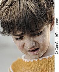 garçon, peu, regard, triste, portrait, pauvreté
