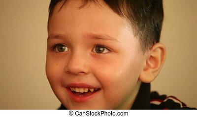 garçon, peu, sourire, 3