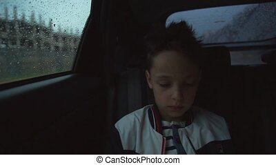 garçon, pluvieux, voiture, intérieur, triste, temps