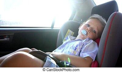 garçon, siège, promenades, voiture, enfant