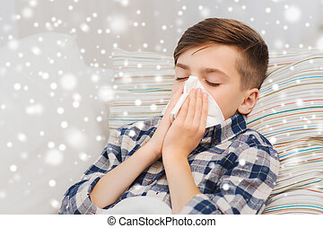 garçon, sien, malade, lit, soufflant nez, maison, mensonge