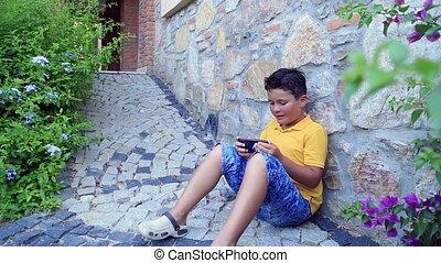 garçon, smartphone, jeune, utilisation