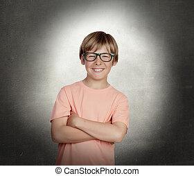 garçon, sourire, lunettes