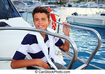 garçon, vacances été, adolescent, mer, marina, bateau