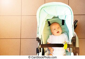 garçon, voiture, bébé, au-dessus, nourrisson, gros plan