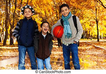 garçons, basket-ball, boule noire