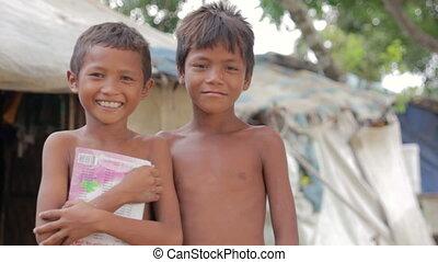 garçons, cambodgien, taudis