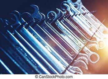 Garage Metal Wrenches Set