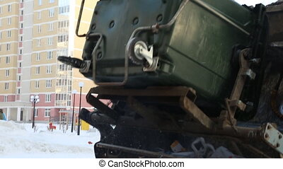 Garbage disposal by dustcart with bin lift