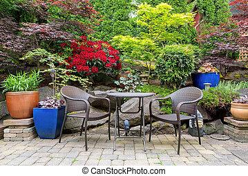 Garden Backyard Landscaping with Bistro Furniture