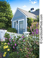 Garden cottage - New England garden cottage