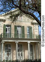 Garden district - Traditional New Orleans house in Garden...