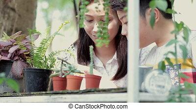 garden., garçon, femme, jeune, asiatique, apprentissage