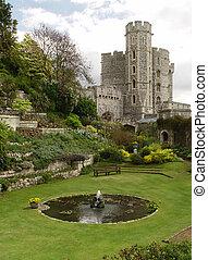 Garden in the Windsor Castle. Edward tower - Garden in the...