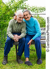 garden., mignon, toujours, vieux, couple, mariés, leur, plus, année, portrait, amour, 80, concept., poser