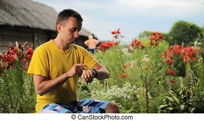 garden., paarse , berichten, horloge, jonge, tegen,...