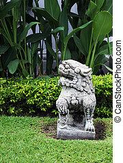 Garden statue - Asian garden statue