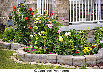 Garden with stone landscaping - Natural stone landscaping in...
