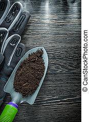 Gardening shovel fertile soil safety gloves