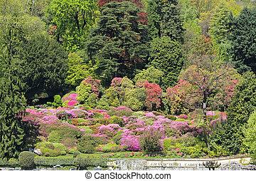 Gardens of Villa Carlotta - Gardens with spectacular ...