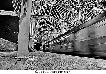 Gare de Oriente railway station, Lisbon, Portugal