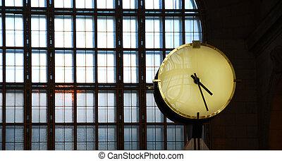 gare, horloge