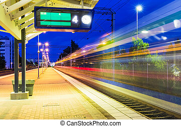 gare, nuit