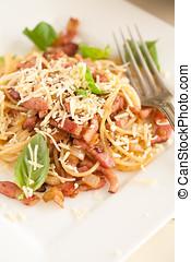 Garlic bacon spaghetti
