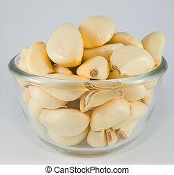 Garlic in a bowl