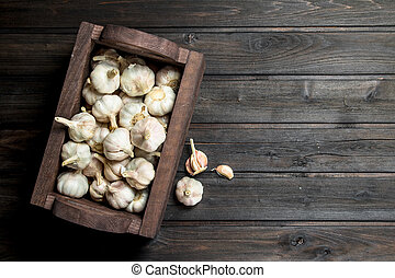 Garlic in the box.