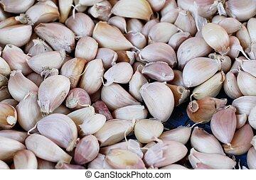 garlic in the market